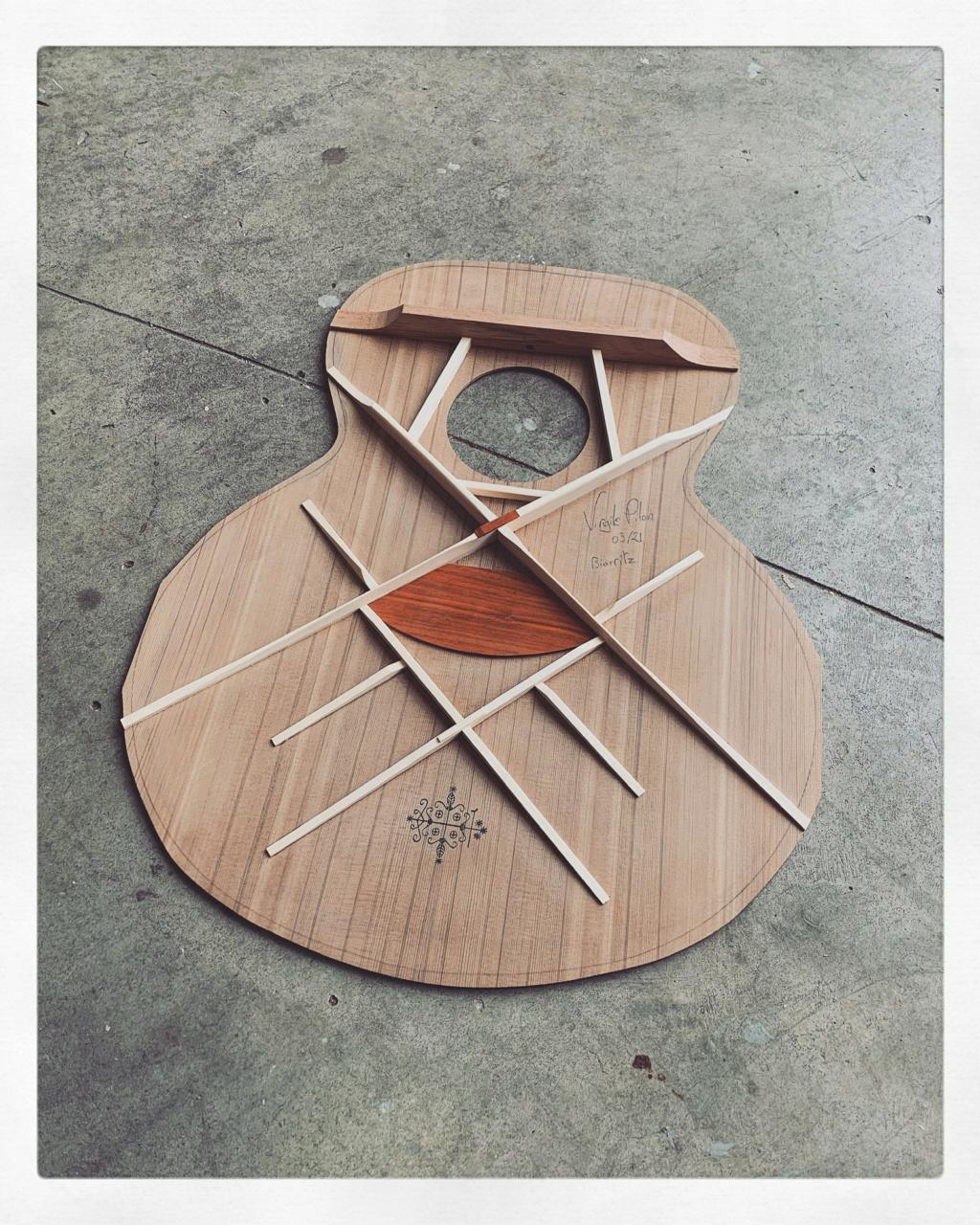 Blind guitars 4adcb010