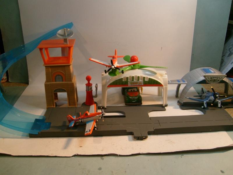 mes autres Cars 1 , 2 , 3 et Planes !!! toutes marques et matieres - Page 6 S7302274