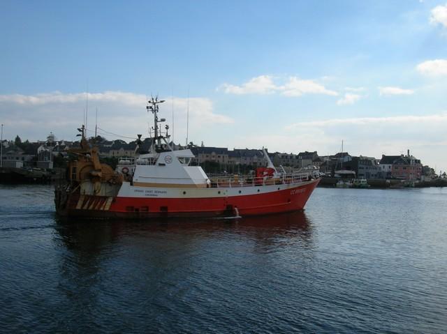 [VIE DES PORTS] Quelques bateaux de pêche (sur nos côtes Françaises) - Page 3 06_09_22