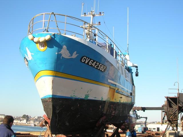 [VIE DES PORTS] Quelques bateaux de pêche (sur nos côtes Françaises) - Page 3 15_11_11