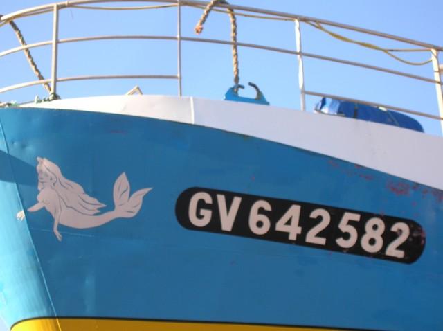 [VIE DES PORTS] Quelques bateaux de pêche (sur nos côtes Françaises) - Page 3 15_11_12