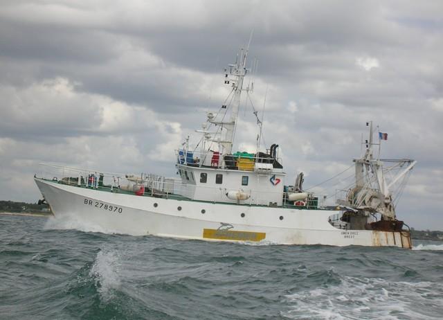 [VIE DES PORTS] Quelques bateaux de pêche (sur nos côtes Françaises) - Page 2 26_06_18