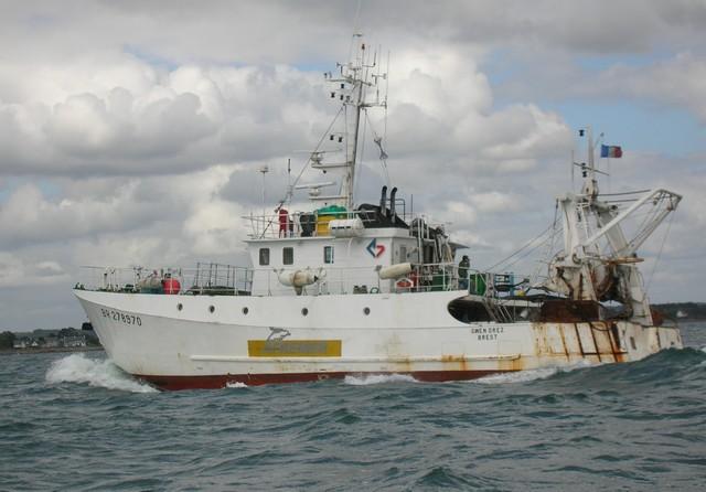 [VIE DES PORTS] Quelques bateaux de pêche (sur nos côtes Françaises) - Page 2 26_06_20
