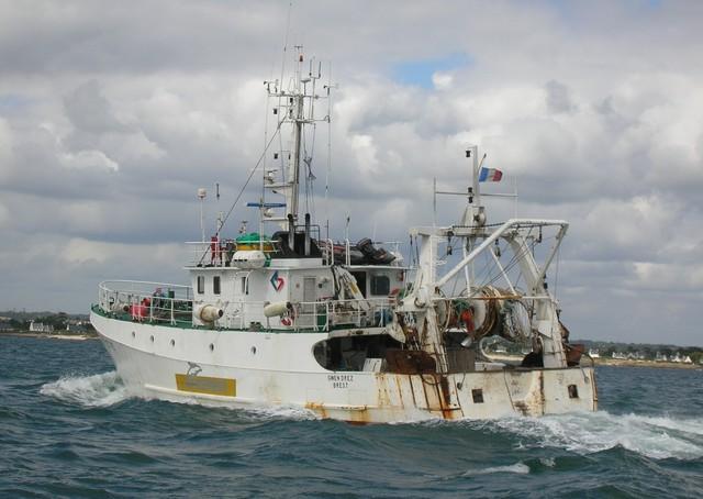 [VIE DES PORTS] Quelques bateaux de pêche (sur nos côtes Françaises) - Page 2 26_06_21