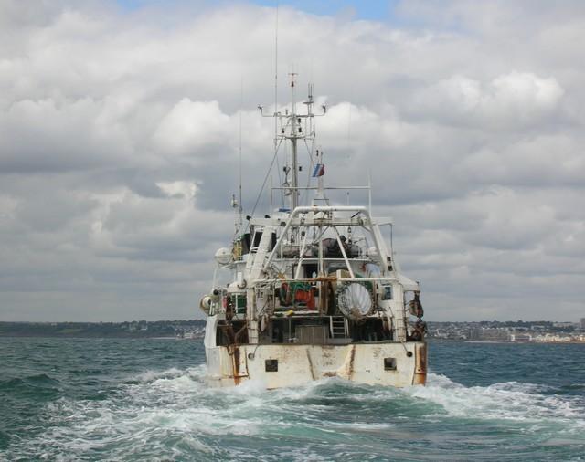 [VIE DES PORTS] Quelques bateaux de pêche (sur nos côtes Françaises) - Page 2 26_06_22