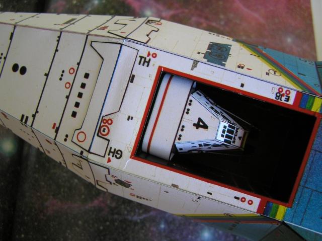 Cargo spatial géant et sa navette P9060014