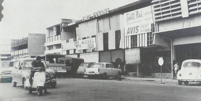 [Campagne C.E.P.] Tahiti en 1968 Rue_de10