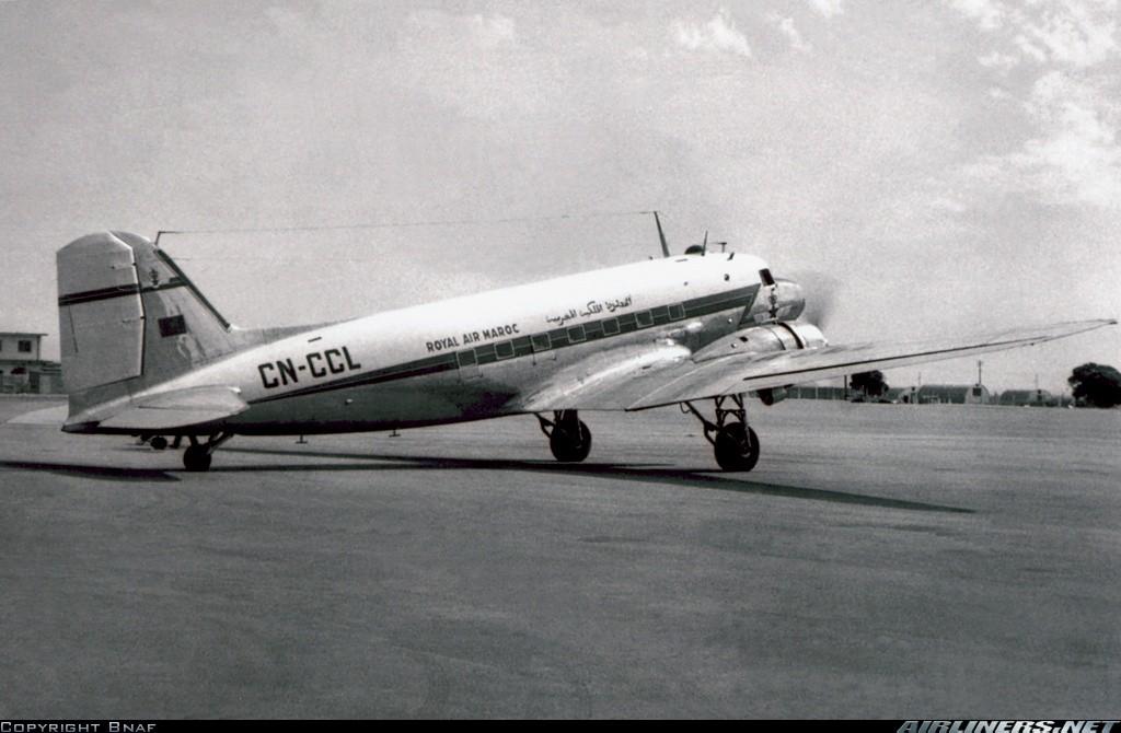Anciens avions de la RAM - Page 4 Clipbo19