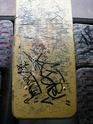 Le vandalisme sur le réseau (tags, gravures, lacérations...) - Page 2 2005_a11