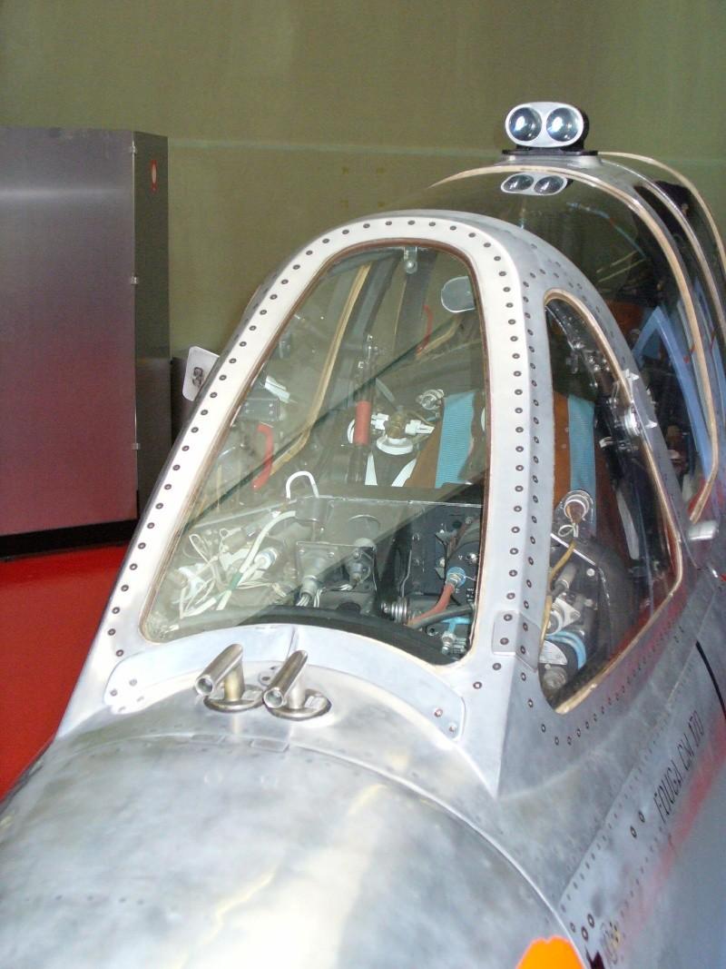 Fouga Magister.  Le mini Group Build P1010411
