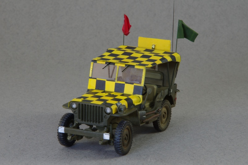 Jeep Follow me 1/35 (base Italeri) Imgp5317