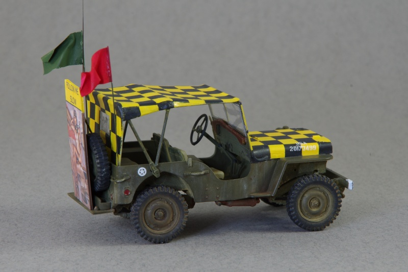 Jeep Follow me 1/35 (base Italeri) Imgp5319