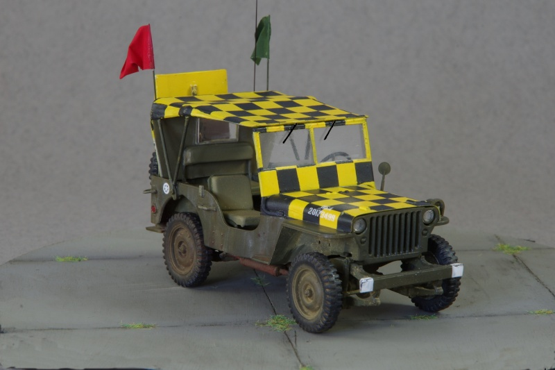 Jeep Follow me 1/35 (base Italeri) Imgp5320