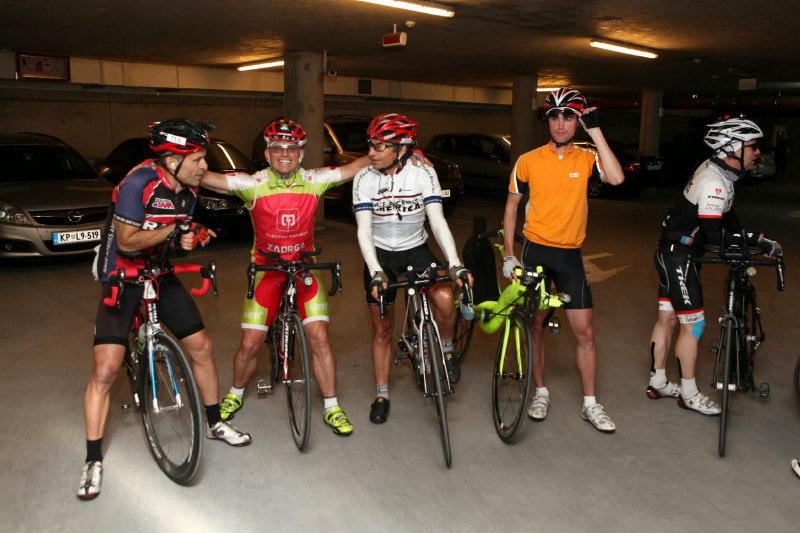 Mikael sur la Race Around Slovenia  du 7-10 mai 2015 - Page 4 17251410