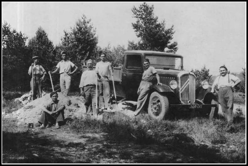 recherche des photos d'un camion Citroën type 32  Type_210