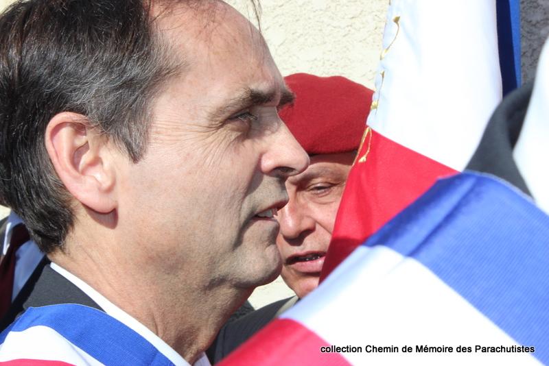 Reportage photo cérémonie inauguration rue commandant de Saint Marc à Béziers 31-img10