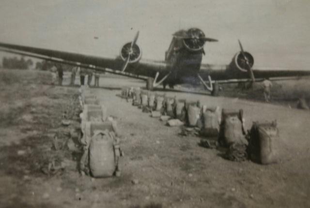Un JU 52 à Philippeville en Algérie 1948 Parach10