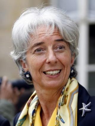 Christine Lagarde table sur une croissance autour de 2.25% Christ12