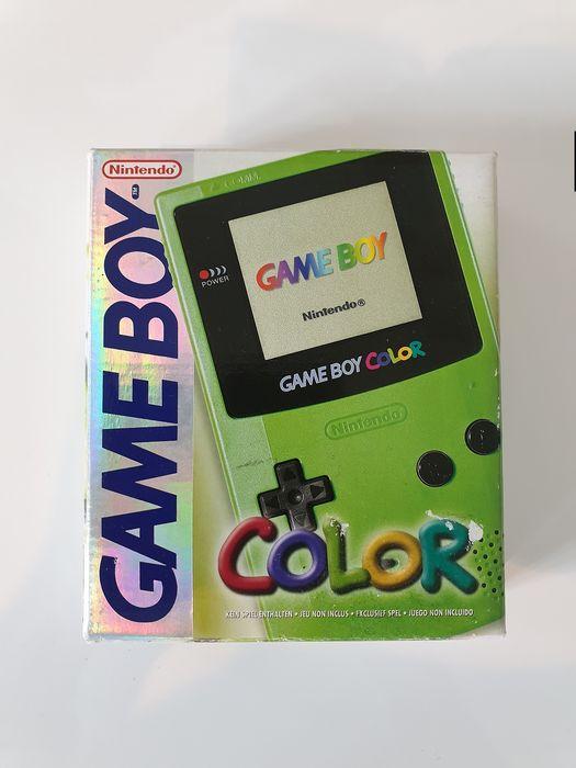 Nintendo : Evolution d'une marque de divertissement Gbcolo10