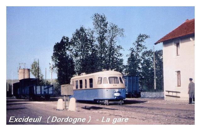 Recherche photos anciennes (couleur) de car de Dordogne Cfd_2410