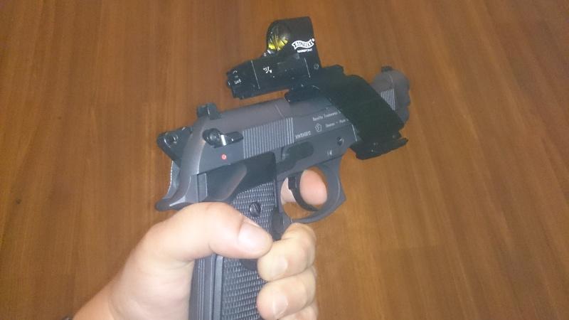 beretta 92 fs sniper grey avec red dot walther  Dsc_0444