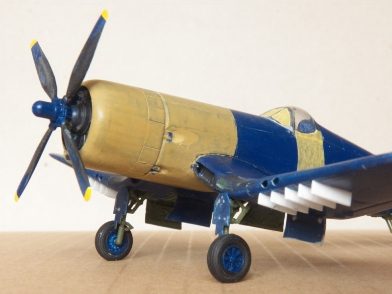 Vought F4U-5N et F4U-7, Italeri, 1/72 F4u-7_32