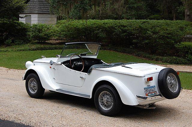 Identifier sport car Européen 68siat10
