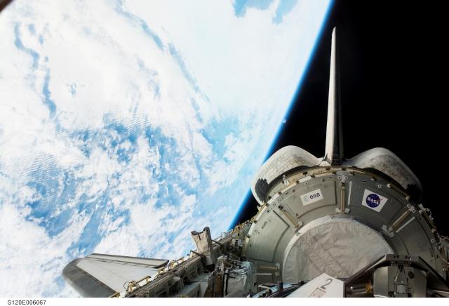 STS 120: la mission - Page 4 S120e010