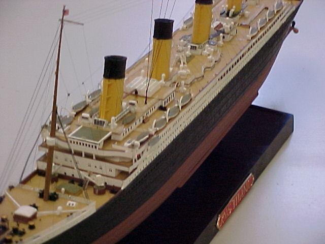 Maquette du Titanic - Page 6 Closer10
