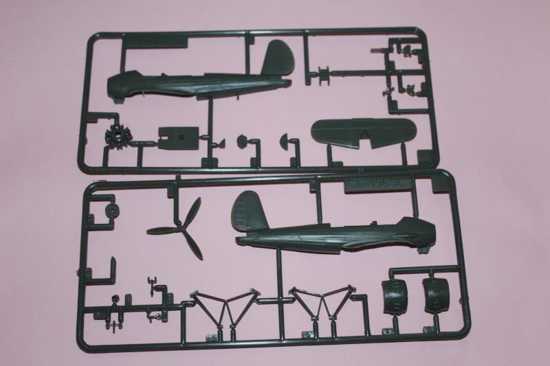 Arado Ar 196A  1/72 Img_4559