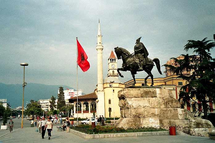 fil des Affaires balkaniques Tirana10
