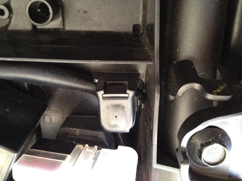 A Quoi sert cette prise sous la selle ?  Image11