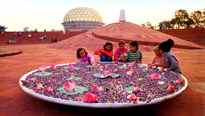 Mirra Alfassa - Douce Mère Aurovi14
