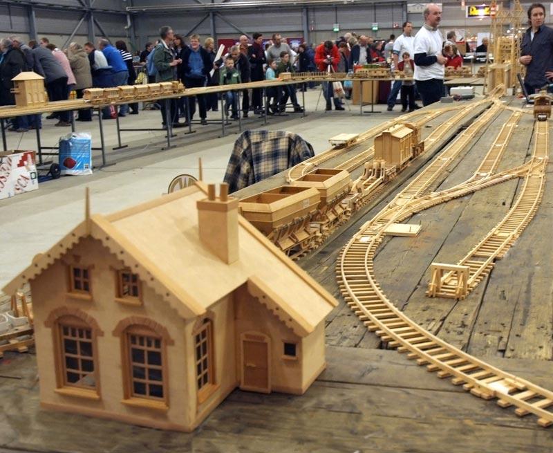 Wooden model train scale 1:25 Heijma12