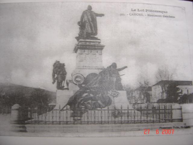 Le monument aux fusiliers & commandos à Lorient... J_l_ca11