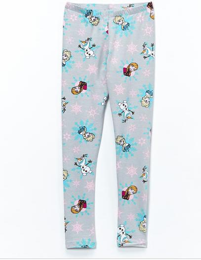 La Reine des Neiges - Page 2 Pijama10