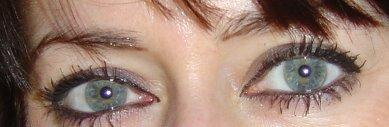 vos yeux! ( attention âmes sensibles: oeil en gros plan ^^) - Page 5 Yeux10