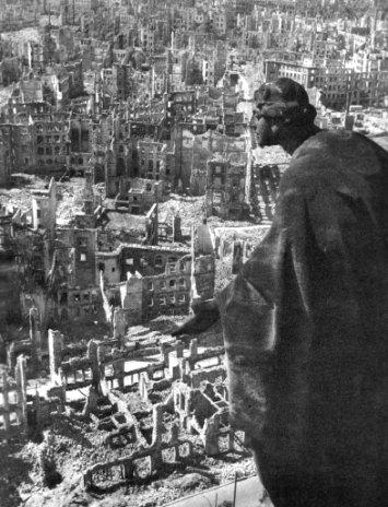 Le bombardement de Dresde. Dresde11