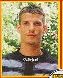 Election du meilleur joueur de la décennie 1990-2000 Margue10