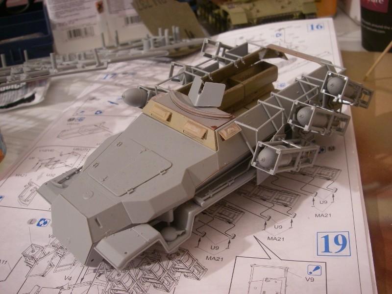 Sdkfz 251 Stuka Zu fuss Dragon 1/35 Imgp2310