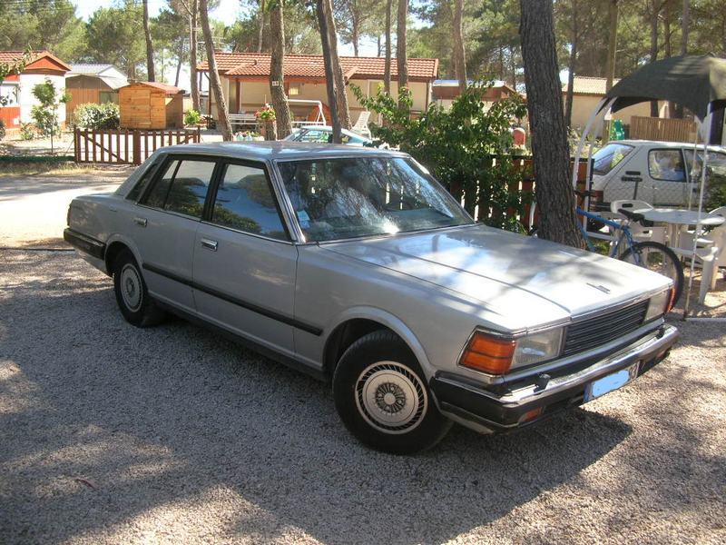 Topic Officiel DATSUN CEDRIC toutes générations! Datsun24
