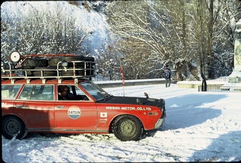 Monte Carlo 1973 repportage au coeur de l'assistance DATSUN Tn_410