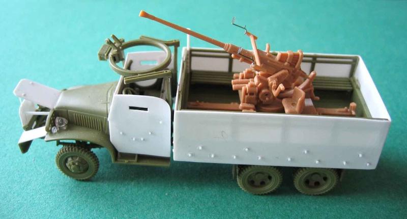 GMC blindé en Indochine - Conversion sur base Heller. Gmc_0813