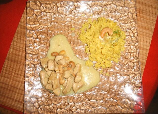 Poulet au lait de coco et aux noix de cajou. Photo_12