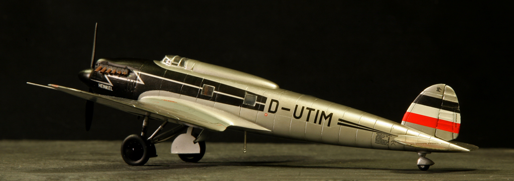 Heinkel He 70 G-1 (1935) [1:72 - Revell] He_70_25
