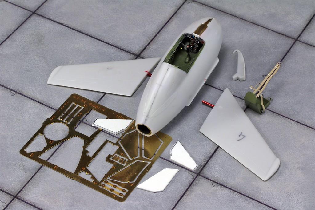 """McDonnell XF-85 """"Goblin"""" [1:72-MPM] Img_3115"""