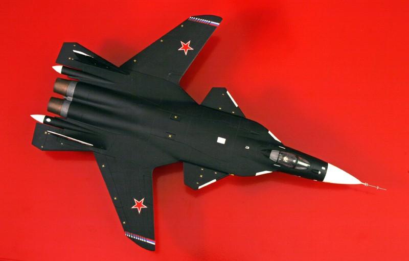 """Sukhoi Su-47 """"Berkut"""" [1:72 - Revell] S37_su11"""