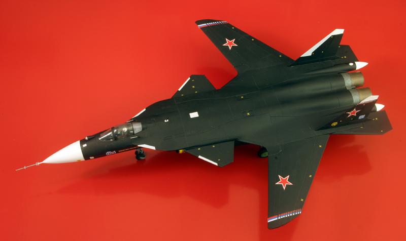 """Sukhoi Su-47 """"Berkut"""" [1:72 - Revell] S37_su12"""