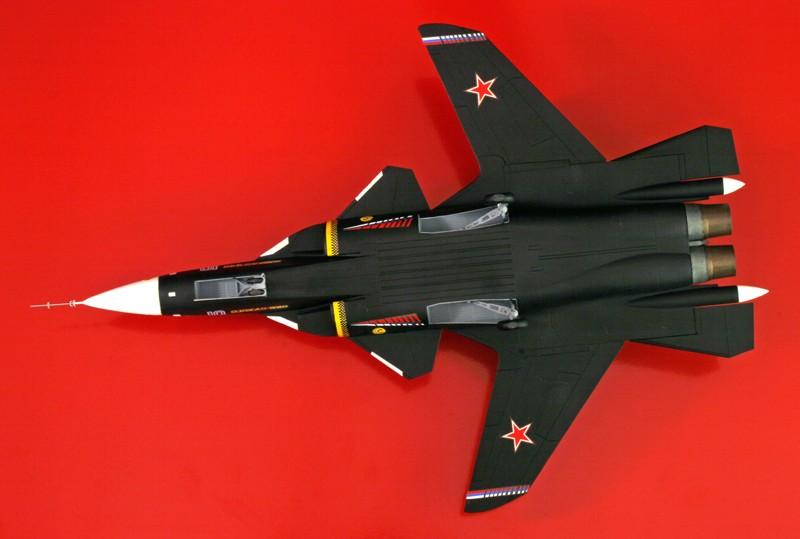 """Sukhoi Su-47 """"Berkut"""" [1:72 - Revell] S37_su13"""