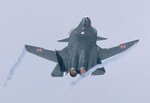"""Sukhoi Su-47 """"Berkut"""" [1:72 - Revell] Su4710"""